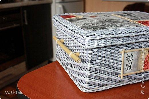 """Приветствую любимая страна!!! Сегодня покажу пару работ плетенных и немного картонажа на который я подсела в последнее время. И так.... Сплела сундучок """"Япония"""" все той-же подружке которая любит все японское.  За основу взяла МК Лолы http://stranamasterov.ru/node/922760 . Цвет """"эбеновое дерево"""" хорошо разведенное + патина.  фото 3"""