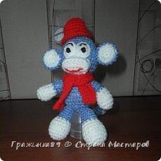 На Новый год были связаны такие вот обезьянки))  фото 5