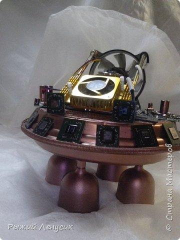 Здравствуйте, мастера и мастерицы!   Теперь и у нас есть своя космическая станция. Выставляем на Ваш суд :) фото 2