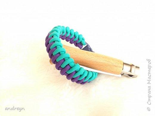 Здравствуйте. Вот сделал браслет из паракорда. Плетение Fishbone Zipper Bar.