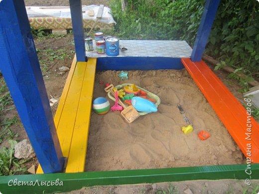 Чтобы занять детей летом, соорудили им такой домишко! фото 6