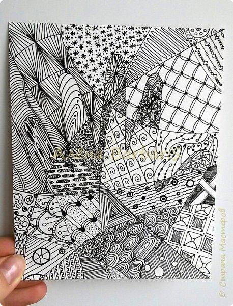 Продолжаю рисовать чиркалки, открыточки. Вот здесь http://stranamasterov.ru/node/576285 наткнулась на подобного рода работки. И даже название у этой техники оказывается  есть! :) Мудреное слово ЗЕНТАНГЛ!) А я все корявки-корявки )) шучу) Варина ручка) есть теневые ньюасы( ну первый зен комом...  фото 1