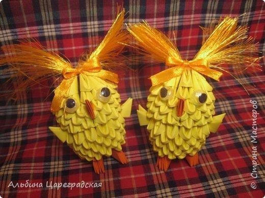 Десять жёлтеньких комочков, Десять маленьких цыплят три мальчишки ,семь девчат  фото 2