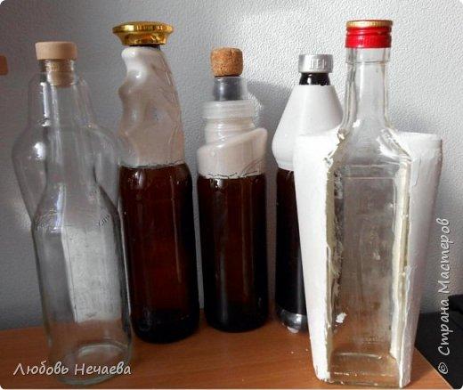 Для работы нам понадобятся-Обезжиренная бутылочка,пустой флакон от шампуни,скотч,эластичная нить,гипс,клей ПВА. фото 12
