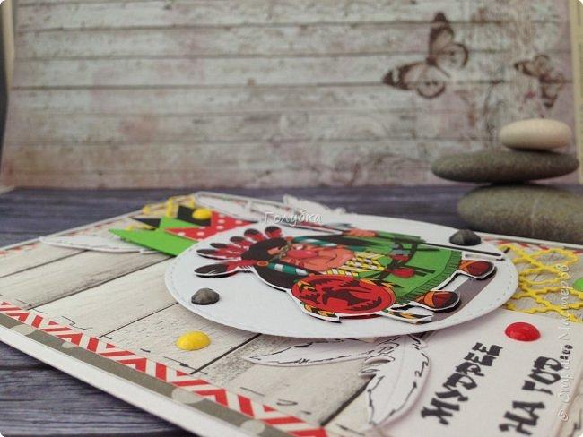 Чуть больше месяца назад я увидела работы Екатерины Красновой и влюбилась в них!!! Такая стильность, продуманность, юмор, аккуратность.... еще массу эпитетов можно подобрать, которые выражаются в одном емком слове МАСТЕРСТВО! И вот с личного позволения Екатерины я сделала лифтинг ее открытки (ссылка ниже) фото 2