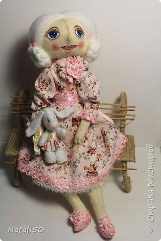 Доброго всем вечера!! Хочу показать вам свою новую куколку Анфису.. Рост куклы 40 см,а зайка - 9 см.  фото 3
