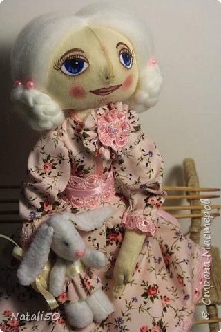 Доброго всем вечера!! Хочу показать вам свою новую куколку Анфису.. Рост куклы 40 см,а зайка - 9 см.  фото 1
