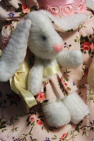 Доброго всем вечера!! Хочу показать вам свою новую куколку Анфису.. Рост куклы 40 см,а зайка - 9 см.  фото 6