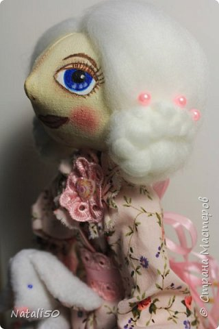 Доброго всем вечера!! Хочу показать вам свою новую куколку Анфису.. Рост куклы 40 см,а зайка - 9 см.  фото 2