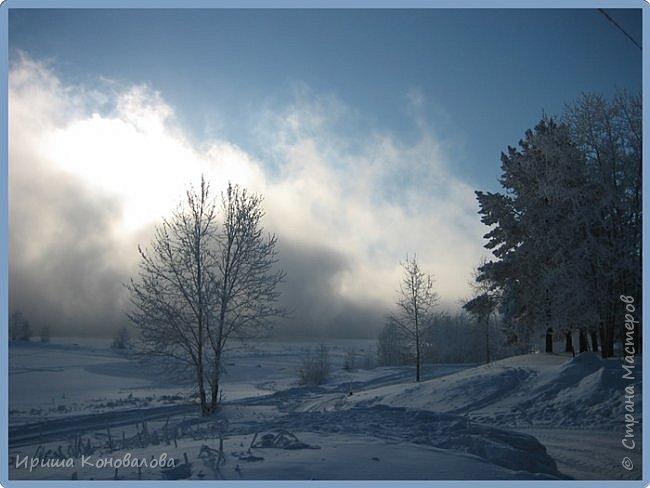 Все фотографии сделаны мною в начале января не помню точно какого года в Амурской области в г. Зея.. Там обычно, до начала ветров, до февраля, царствует такая красота. Основные фото сделаны на берегу реки Зея. Она, убегая от Зейской ГЭС,  долго не замерзает, что и дает возможность любоваться чудными пейзажами.   фото 7