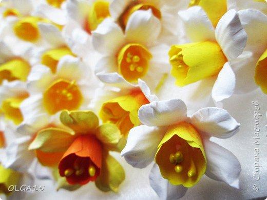 Добрый вечер, жители и гости Страны Мастеров! Для одной из работ потребовались мне цветы нарцисса, хочу поделиться с вами этапами изготовления цветка, возможно вам пригодится для весенних работ. фото 21