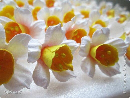 Добрый вечер, жители и гости Страны Мастеров! Для одной из работ потребовались мне цветы нарцисса, хочу поделиться с вами этапами изготовления цветка, возможно вам пригодится для весенних работ. фото 22