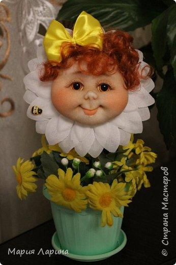 Здравствуйте ! долго меня не было в Стране Мастеров ! столько работ новых увидела .... ну и немного решила своих показать ! накопилось очень много !!! Цветов у меня море ... все уж показывать не буду, но малую часть выкладываю ))) Очень хочется, чтобы вы все улыбались всегда !!! Счастья, здоровья и всех благ Вам !!!  фото 14