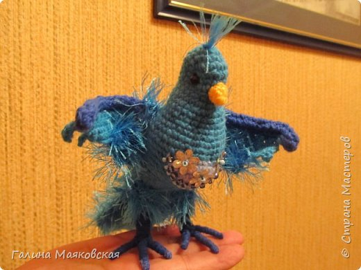 Привет всем! Сегодня у нас - синяя птица.  Может быть, она и не такая, но кто ее видел? А у нас такая. фото 1
