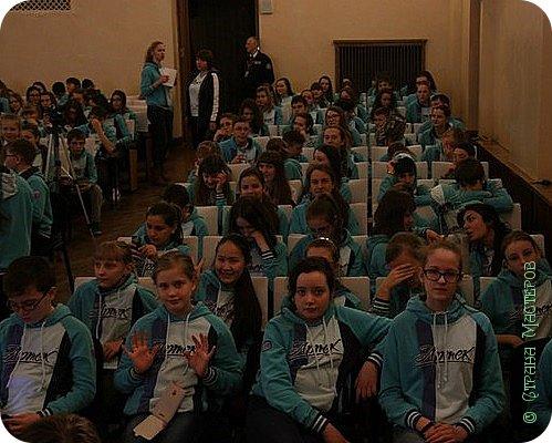 """Артек!!! Я уверена, что побывать в этом  лагере мечта любого школьника!!!! Артек-это международный детский центр.  Когда мне дали путевку в """"Артек"""", я даже сначала не поверила. Я не могла даже о таком мечтать!!!!!! Но вот чемодан упакован и ...... фото 42"""