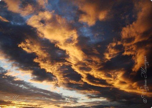 Небо – самый верный и надёжный друг. Особенно, когда на душе грустно или тревожно, когда чувствуешь себя одиноким, преданным, забытым... Светло-голубое, с белоснежными воздушными облаками дарит надежду и ощущение радостного покоя. Ночное небо, усыпанное звёздами, позволяет поверить в сказку, в осуществление самых сокровенных желаний. Даже серое, затянутое тучами, мрачное небо говорит о ничтожности существующих проблем и возвещает о величии природы. фото 7