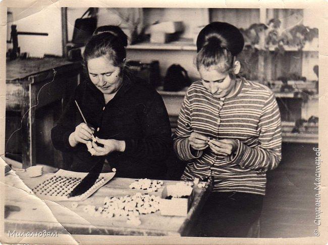 По просьбе трудящихся публикую репортаж о Кузедеевской фабрики игрушек, куклы и сувениры которой знал весь СССР.  фото 35