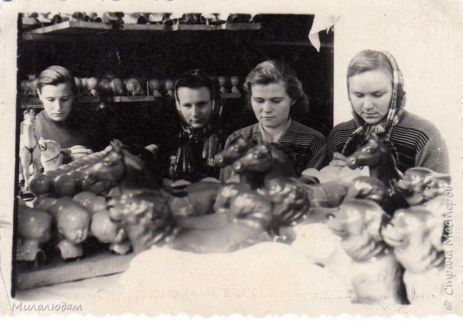 По просьбе трудящихся публикую репортаж о Кузедеевской фабрики игрушек, куклы и сувениры которой знал весь СССР.  фото 17