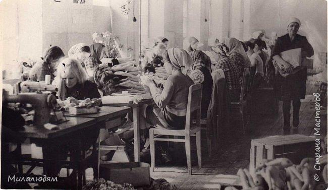 По просьбе трудящихся публикую репортаж о Кузедеевской фабрики игрушек, куклы и сувениры которой знал весь СССР.  фото 49