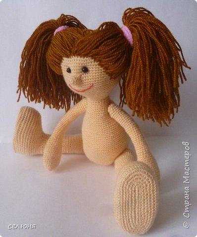Моя красавица куколка родилась при помощи ниток акриловых и крючка фото 2