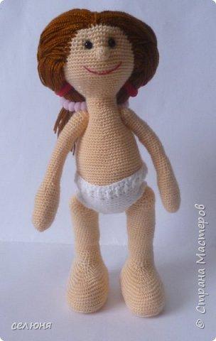 Моя красавица куколка родилась при помощи ниток акриловых и крючка фото 3