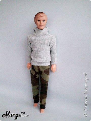 Решила я возобновить свое увлечение кукольной одежды. Тем более теперь, когда у меня появилась машинка! Топ шился без выкройки. Лосины с выкройкой, которая будет в самом низу. фото 9