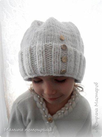 Здравствуйте! Подоспели у меня новые шапочки и пинетки связанные на заказ. Шапка-шлем для новорожденного фото 7