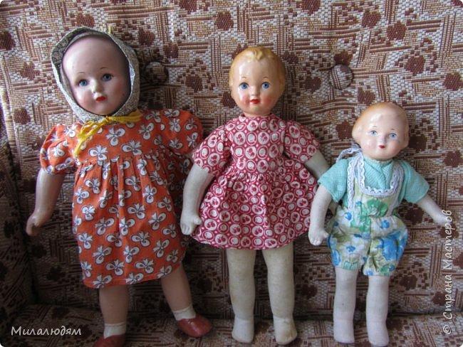 И так продолжаем экскурсию, но уже по музею.К сожалению года выпусков этих кукол я не знаю. При желании можно найти. Сейчас нет времени и очень лениво. Эти фото делала моя дочь. В ДК был ремонт, поэтом фото не совсем эстетичные, где смогли мало-мало пристроиться. фото 37
