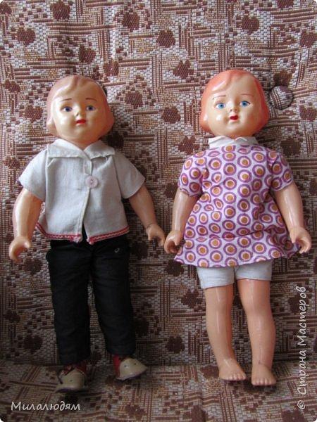 И так продолжаем экскурсию, но уже по музею.К сожалению года выпусков этих кукол я не знаю. При желании можно найти. Сейчас нет времени и очень лениво. Эти фото делала моя дочь. В ДК был ремонт, поэтом фото не совсем эстетичные, где смогли мало-мало пристроиться. фото 40