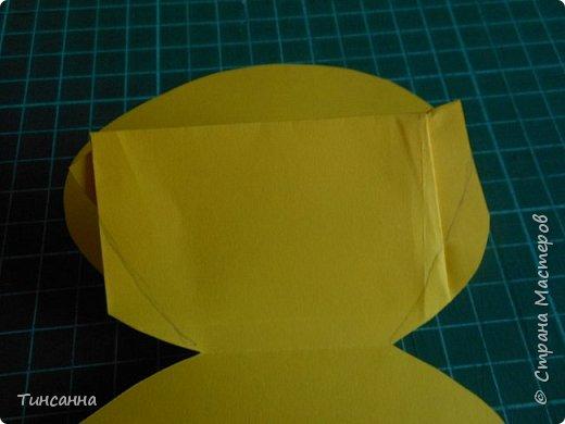 Открытка в форме яйца, при открывании  которой  появляется цыпленок. При ее изготовлении используются приемы оригами и скрапбукинга. фото 16