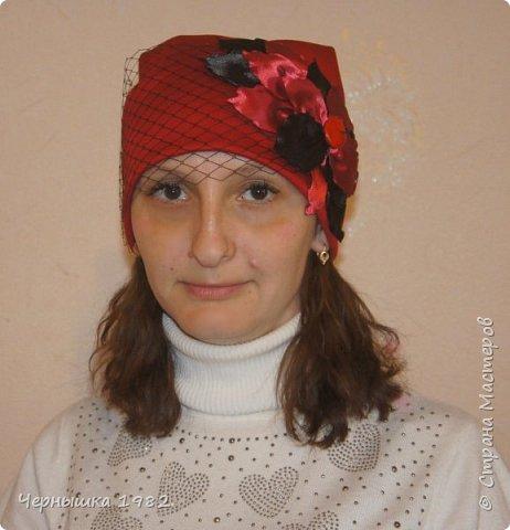 Вот такие шапочки сшила для себя и своих дочек фото 4
