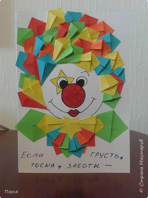 """Доброго времени суток уважаемые жители СМ! Спешу вам показать подарочки, которые я сделала для игры -обмена «Грустите? Тогда мы идем к Вам!!!!», организованной  Катериной и Натальей (http://stranamasterov.ru/node/1007006#comment-13861376 ) В играх такого рода принимала участие впервые)))  Условием игры было чтобы """"ВСЕ ПОДАРОЧКИ НУЖНО ДЕЛАТЬ ТАКИЕ, ЧТОБЫ ПРИ ВЗГЛЯДЕ НА НИХ МЫ НЕВОЛЬНО УЛЫБНУЛИСЬ!!!!""""   Что у меня из этого вышло судить вам....Это общий кадр всех рукоделок, а дальше все покажу и расскажу по отдельности.  фото 4"""