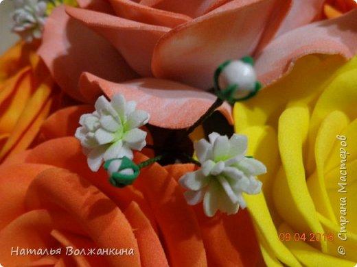Корзинка с розами и гипсофилой фото 6