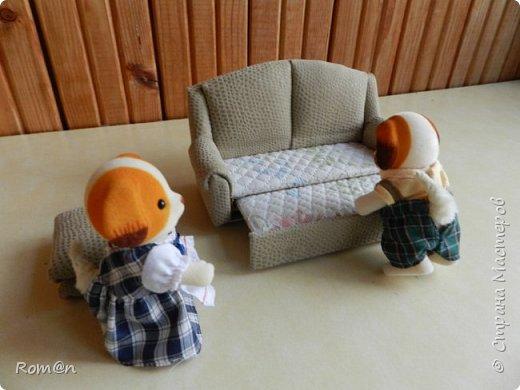 Здравствуйте жители Страны Мастеров.Пришла мысль как можно сделать раскладной диванчик.Вот что получилось. фото 86