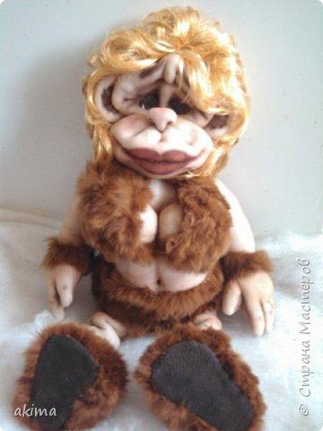 Давно загорелась идеей сшить обезьянку, начала еще в том году, думала к Новому году сделаю,но возникли проблемы со здоровьем, потому закончила работу только сейчас. Выношу на Ваш суд свою Амазонку :) фото 5