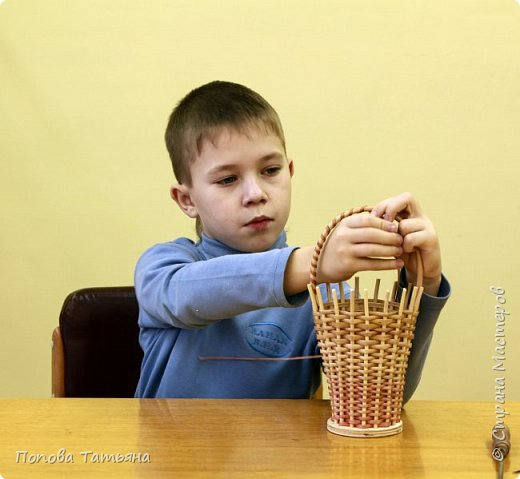 Сегодня мастер-класс будет проводить Роман Куликов.  Фотографии били сняты 2010 году (Роман учился во втором классе) фото 14