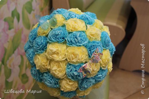 Цветочная композиция в горшочке с использованием трех цветов, бабочек и бусин  фото 10