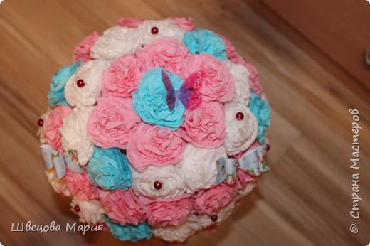 Цветочная композиция в горшочке с использованием трех цветов, бабочек и бусин  фото 12