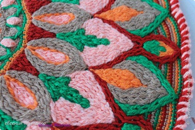 "Коврик"" Георгин "", связан в технике Overlay Crochet, размер 72 см, нитки акрил, мастер класс тут http://www.liveinternet.ru/users/5915568/post388641388/# фото 3"