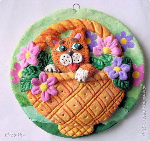 Круглое панно с котиком и цветами фото 11