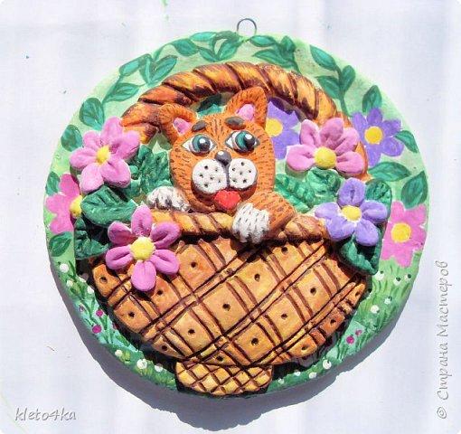 Круглое панно с котиком и цветами фото 12