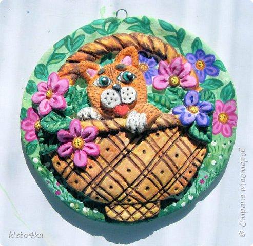 Круглое панно с котиком и цветами фото 13