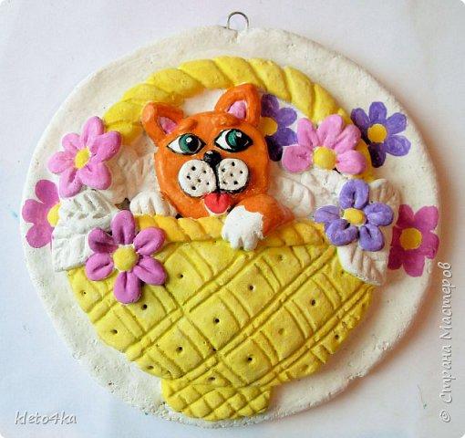 Круглое панно с котиком и цветами фото 7