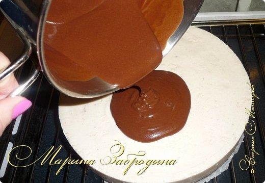Привет ВСЕМ! Сегодня поделюсь рецептом еще одного тортика. Вкусный шоколадный бисквитный корж и сливочный мусс с черносливом. фото 20