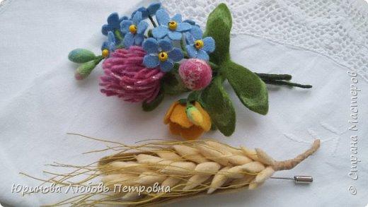 Букетик летних полевых цветов. Брошь. Шерсть. фото 3