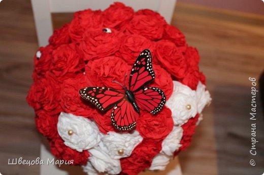Цветочная композиция в горшочке с использованием трех цветов, бабочек и бусин  фото 15