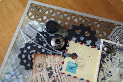 Всем здравствуйте! Я сегодня к вам с мужской открыткой. недавно увидела открытку  Анны Бояринцевой  и меня покорили теги-конверты и как они расположены. http://stranamasterov.ru/node/1017853  Захотелось повторить, а тут и повод есть - День рождения у друга и кума одновременно. Открытки Ани перед глазами не было, делала по памяти. И вот что у меня навертелось. фото 9