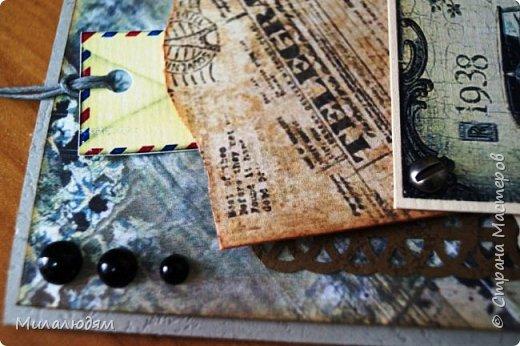 Всем здравствуйте! Я сегодня к вам с мужской открыткой. недавно увидела открытку  Анны Бояринцевой  и меня покорили теги-конверты и как они расположены. http://stranamasterov.ru/node/1017853  Захотелось повторить, а тут и повод есть - День рождения у друга и кума одновременно. Открытки Ани перед глазами не было, делала по памяти. И вот что у меня навертелось. фото 11