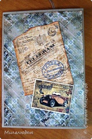 Всем здравствуйте! Я сегодня к вам с мужской открыткой. недавно увидела открытку  Анны Бояринцевой  и меня покорили теги-конверты и как они расположены. http://stranamasterov.ru/node/1017853  Захотелось повторить, а тут и повод есть - День рождения у друга и кума одновременно. Открытки Ани перед глазами не было, делала по памяти. И вот что у меня навертелось. фото 2