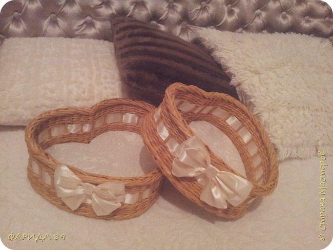 Здравствуйте, всем, кто ко мне заглянул)) вот сплелись две корзинки в форме сердец на подарок) рада буду, если Вам понравится) фото 7